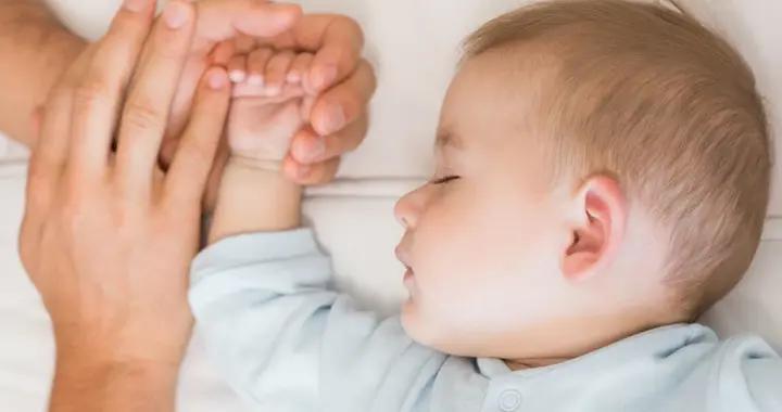 宝宝非要哭一顿才肯睡?家长先别觉得烦,读懂娃的小心思更重要