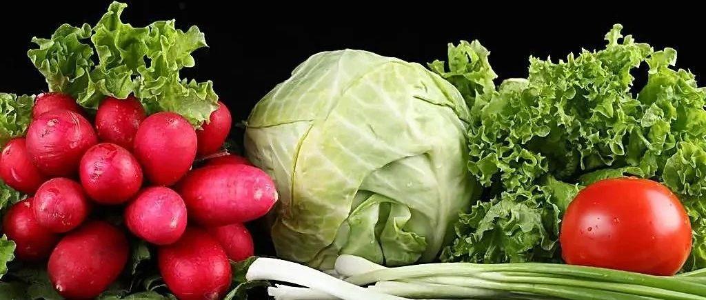 多吃蔬菜养生好,提醒:3种蔬菜表面看上去没问题,实际上有毒还没营养