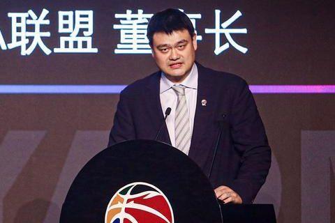 姚明退役后,砸2000万买下的上海男篮,如今能卖多少钱?