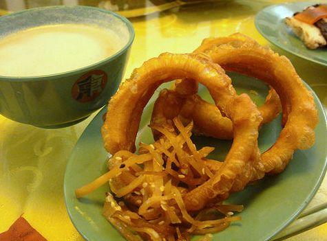"""""""最坑人""""的4大特色小吃,北京豆汁落榜,上海却占2个,你吃过吗"""