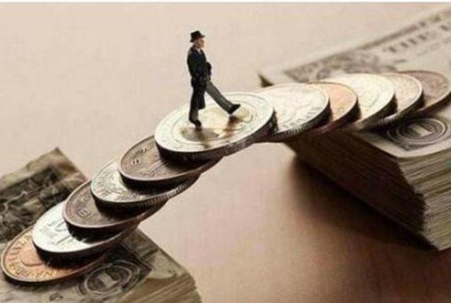 """未来10年,普通人抓住""""2个时机"""",资产也能翻倍!再犹豫就迟了"""