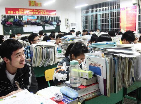 徐州的这所高中本科率99%,初中生都想考,你知道是哪所学校吗