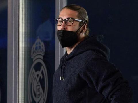 巴萨球员赛后在更衣室大骂,拉莫斯亲自找到表示安抚