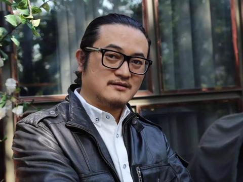 北京鹤峰佰亿影视传媒签约著名编剧苏雪峰,新作项目正式启动