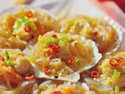 美食:扇贝粉丝,香菇什锦饭,红烧鸡块,剁椒蒸鸡翅