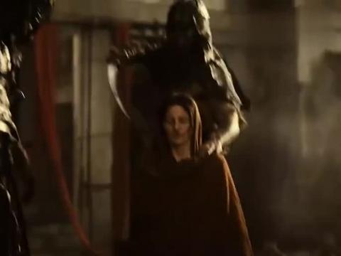 这才是生猛动作片,母亲被侮辱,战翻全场,彻底被激怒,战神开启
