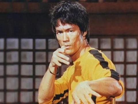 不用拳击规则,泰森和李小龙究竟谁更强?泰森:他不会是我的对手