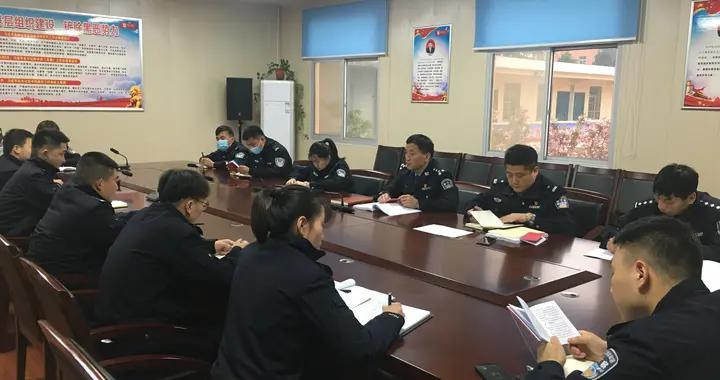 蓝田法院 | 跟班先进找差距,汲取养分努力做一名合格的司法警察