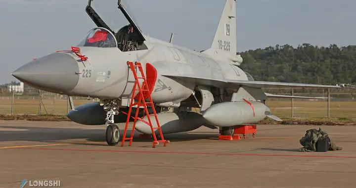 马来西亚战斗机招标,中韩步入最终竞争,韩媒:FA50落后JF17枭龙