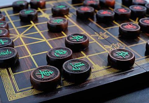 博雅互动《中国象棋》游戏,丰富残局提升中国象棋技能