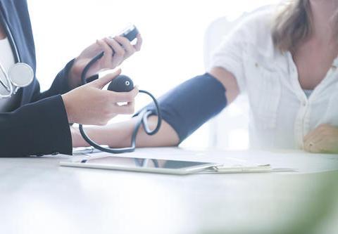 """高血压患者并发肾衰竭,早期的危险""""信号"""",要尽早察觉"""