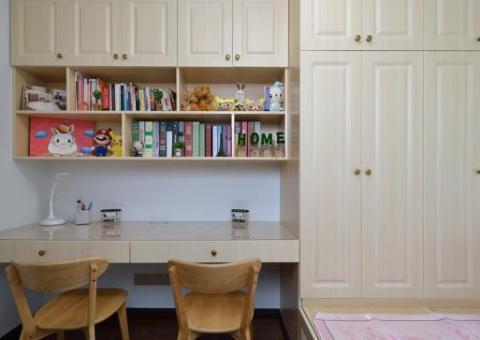 姐姐家婚房,进门就被玄关吸引,头次见这样设计厨房墙,漂亮实用