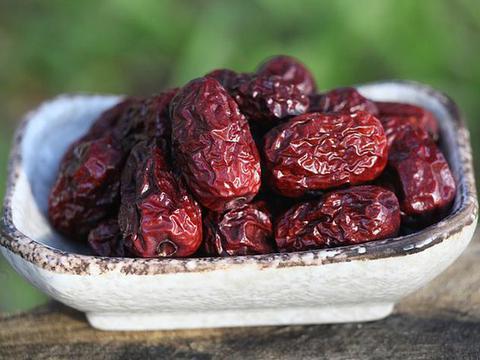 红枣虽好,并非人人适合,别不当回事,吃错危害健康