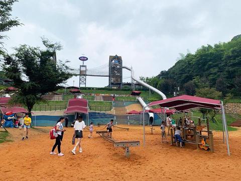 天鹅蓬凉亭给与的不至欢乐,贝拉小镇青少年成长教育乐园游记