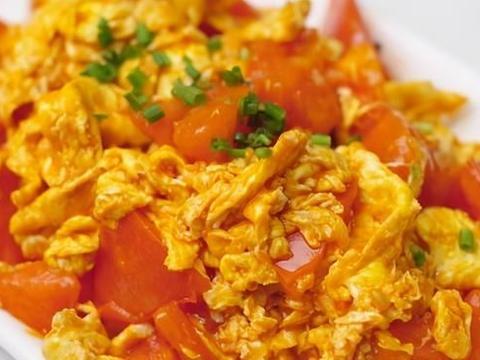 西红柿炒蛋,先炒哪个是关键,记住顺序,西红柿沙软,鸡蛋鲜嫩