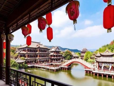 广东粤北在建一座影视城,投资约5.6亿元,计划分三期建设