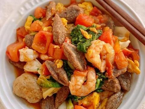 健康减脂餐:鸡蛋虾仁全麦疙瘩,鸡蛋土豆泥沙拉,泰式酸辣波奇饭