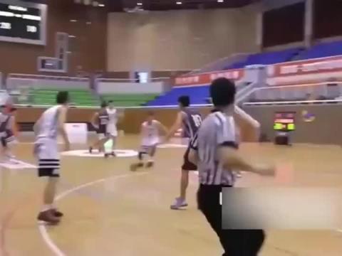 全国第一高中生齐麟,翻版拉文高光时刻,已加盟新疆男篮