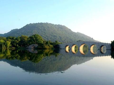 """杭州最美的湖其实不是西湖,而是被誉为西湖的""""姊妹湖""""的湘湖"""