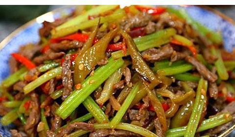 美食推荐:芹菜炒牛肉丝儿,口水鸡,韭菜炒河虾,茭白炒肉丝