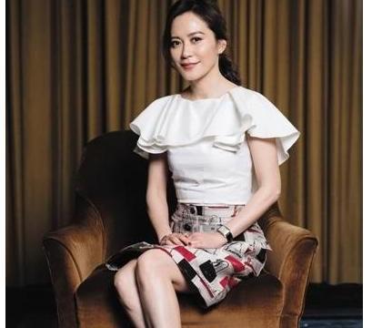 娱乐圈中几个黄金单身大龄女星,杨钰莹上榜,最后一位被称为女神