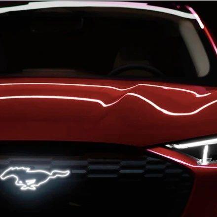 """呐喊着""""不服就干""""的福特,端出了真香的国产Mustang Mach-E"""