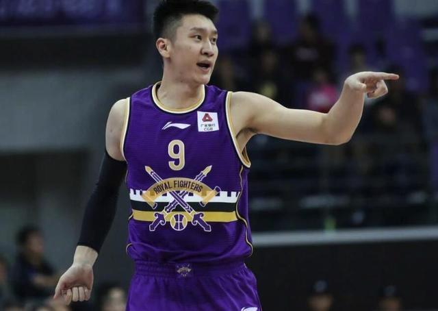 中国男篮最强天赋,郭艾伦也没你强,第一个获NBA合同后卫