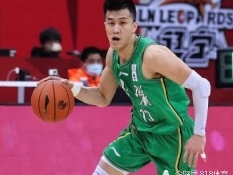 郭艾伦落选MVP候选名单,出场+个人贡献值不如赵继伟