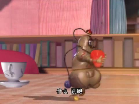 叶罗丽:铁皮真是个贪吃鬼,和罗丽抢吃的,结果还抢不过