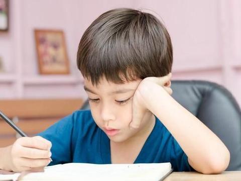 家长学会这6招,让小孩爱上写作业 | 小五色时间管理法