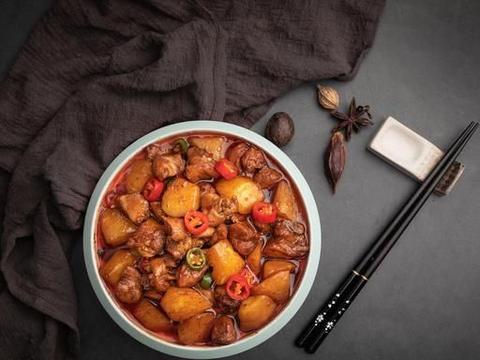 """黄焖鸡米饭战胜沙县小吃,成为外卖界的""""龙头老大"""""""