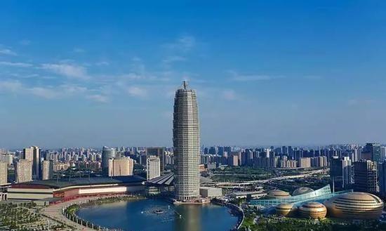 """南昌常住人口_南昌有个""""不起眼""""的小县,常住人口仅20万,未来发展被看好"""