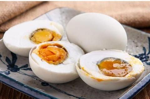 咸鸭蛋的蛋黄为什么会流油?蚂蚁庄园