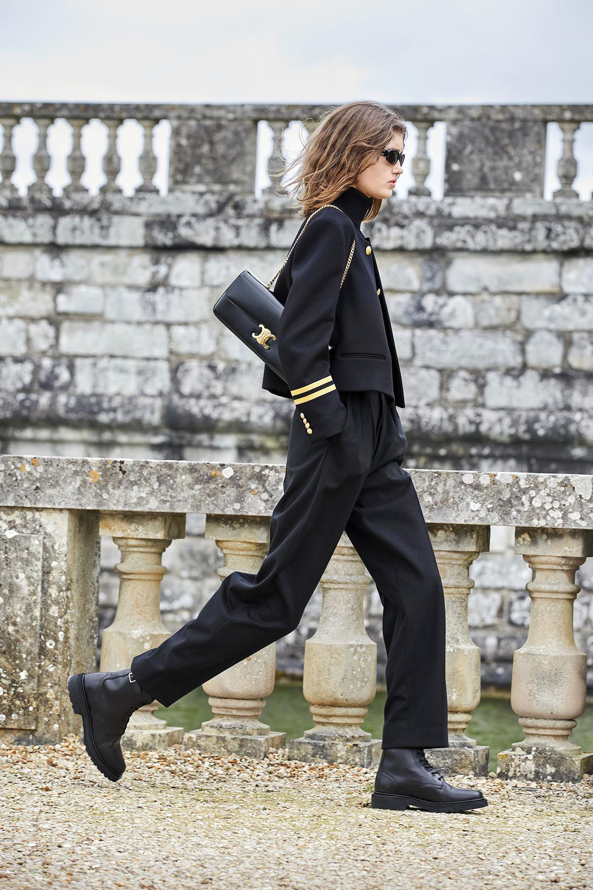 古堡里的时装秀应该如何演绎?