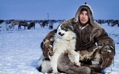 """北极圈上的黄种人""""爱斯基摩人"""",除了爱吃生肉,还要""""换妻""""?"""