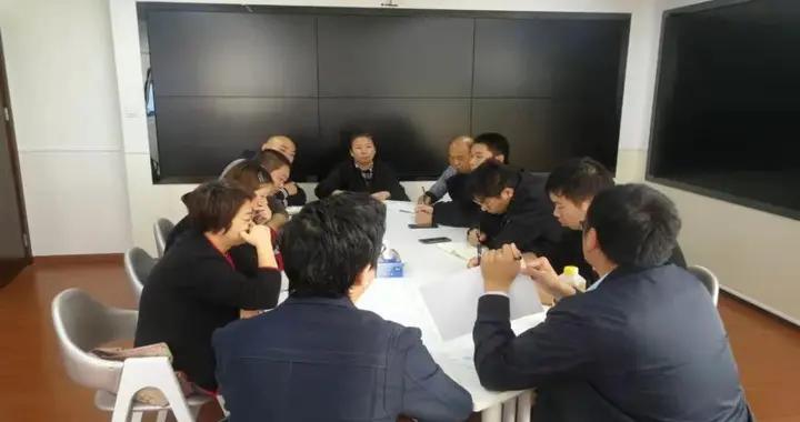 """彭浦新村街道城运中心开展""""热线服务在身边""""主题实践活动丨我为群众办实事"""