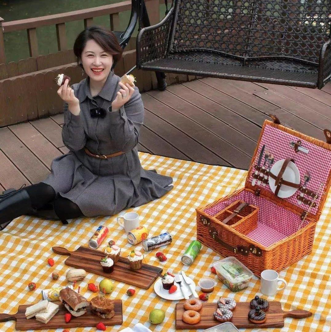 李响和山人单独去野餐了!