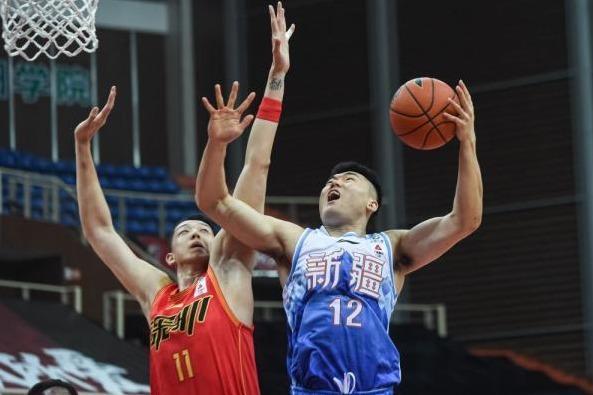CBA正式官宣!新疆男篮内线大将重伤赛季报销,阿的江如何应对