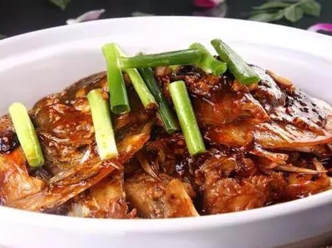 美食推荐:肉汁蔬香鱼头,麻辣砂锅豆腐,干锅千叶豆腐!