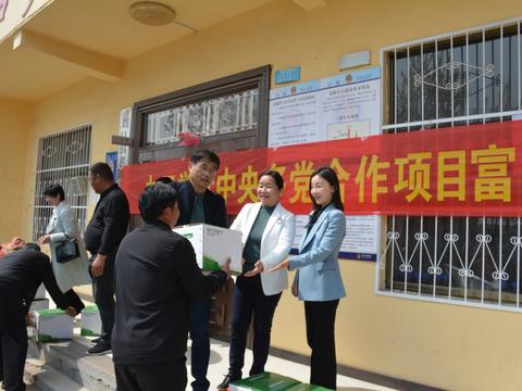 九三学社商丘市委与刘口镇党委签约推进乡村振兴工作