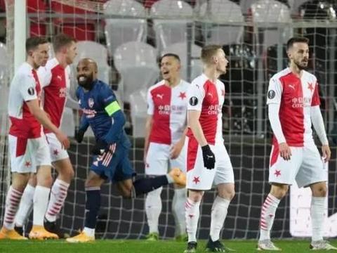 4-0!中资球队倒下!阿森纳6分钟轰3球踢疯了,晋级欧联半决赛