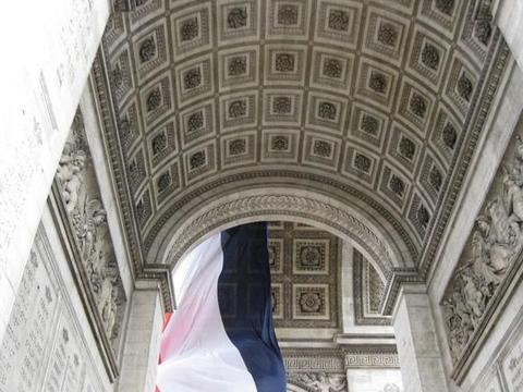 法国巴黎值得一去的地方,打卡地标建筑,独特的异域文化!