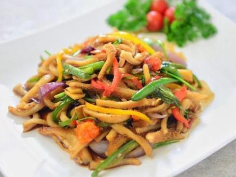 美食推荐:苦瓜炒肉片,海螺炒韭菜,孜然羊肚,煎荷兰豆和培根