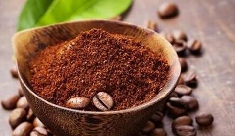 咖啡渣先别着急倒掉,这样二次利用,简直太棒了!