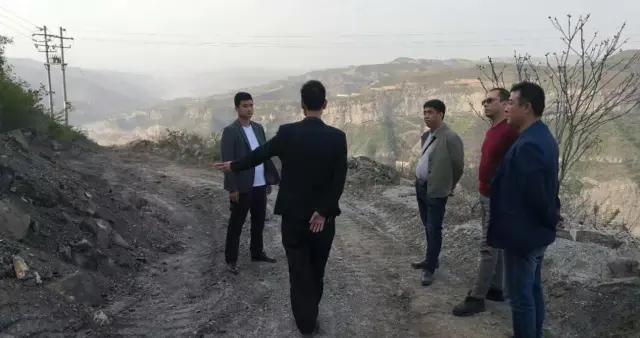 韩城市桑树坪镇持续开展安全生产巡查 非法开采夜查工作