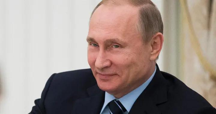 关门打狗!俄罗斯封堵刻赤海峡,乌军舰回不去港口,急得团团转