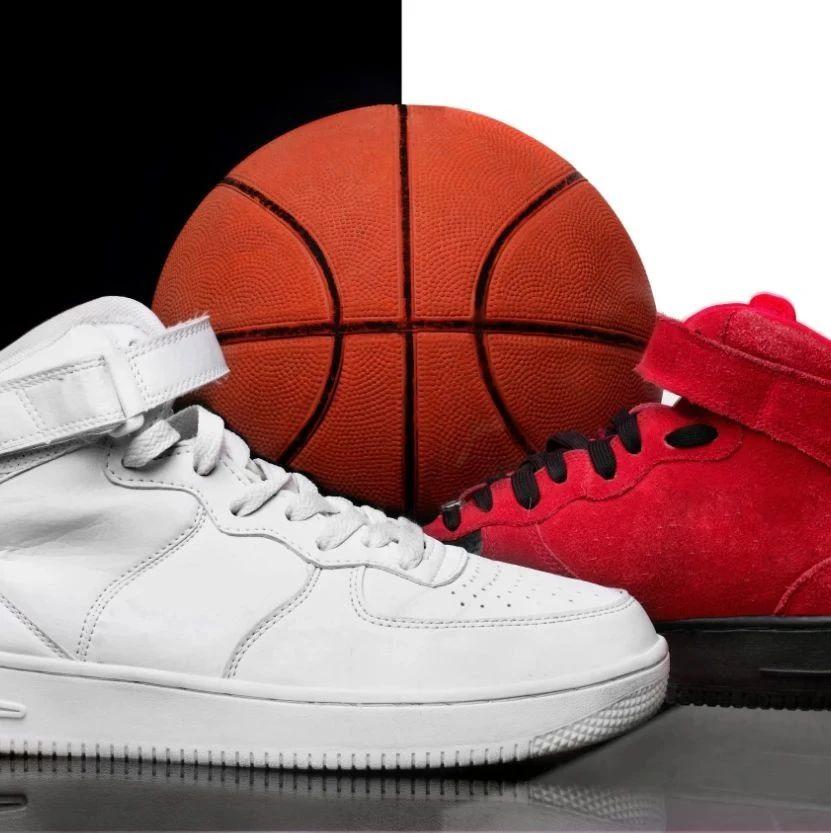 年入百万的球鞋鉴定师:被假鞋贩子贿赂威胁,眼见一双鞋从千元涨至十万