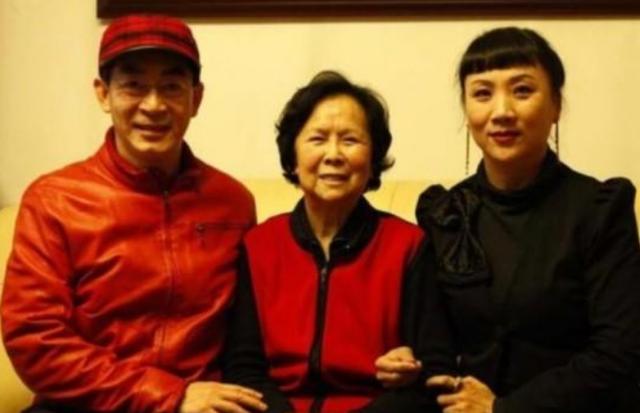"""《西游记》导演杨洁去世四周年,六小龄童""""中美合拍""""仍不见踪影"""
