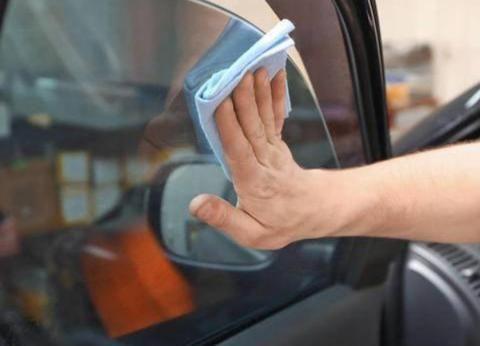 """汽车""""双闪灯""""新规落实,网约车司机叫苦不迭:以后还怎么接客?"""