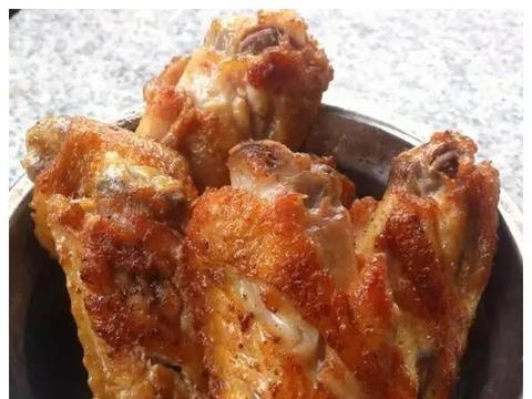 美食:香煎咖喱鸡翅,红薯粉蒸肉,干扁牛肉条,酱香茶树菇